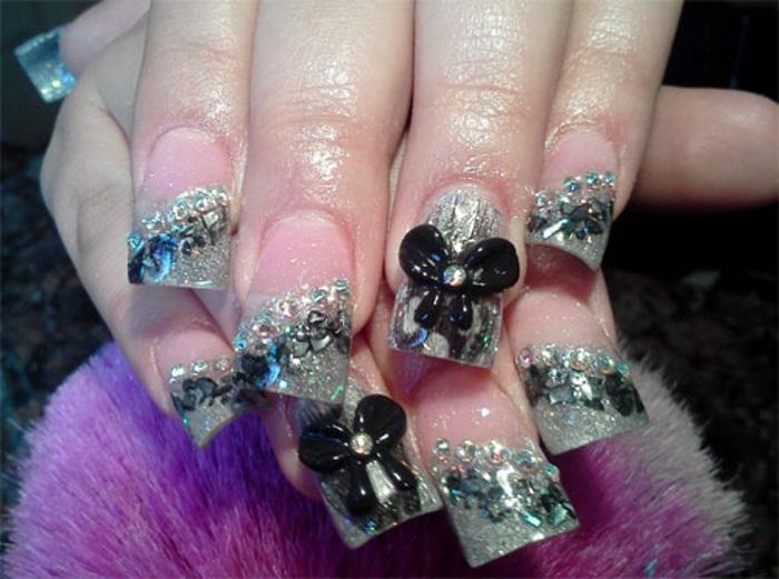 Объемные бантики на длинных ногтях