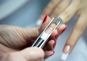 Важно соблюдать технологию арочного моделирования ногтей