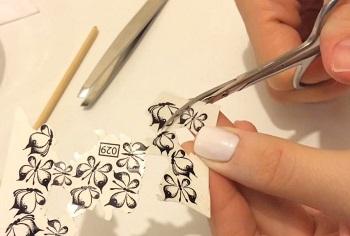 Наклейки на ногти в виде бабочек