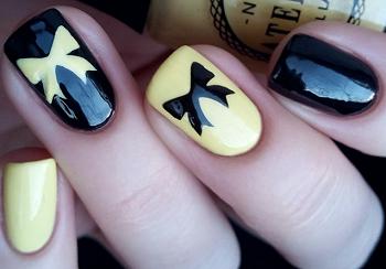 Дизайн ногтей с помощью трафаретов
