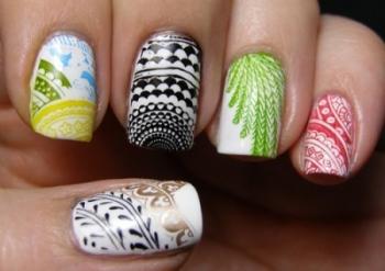 Декор ногтей