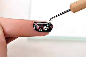 Cтразы на ногти