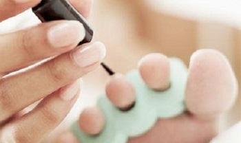 Покрытие ногтей противогрибковым лаком