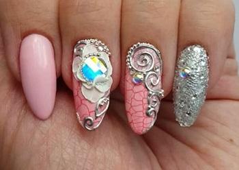 Гелевая лепка на ногтях