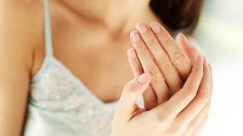 Опасностью заражения грибком ногтей подвержен практически любой человек
