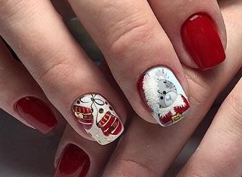 Рождественский маникюр с мишками Тедди
