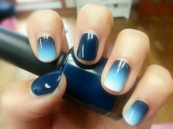Градиентный маникюр на коротких ногтях