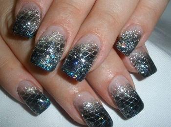 Снежный эффект на ногтях