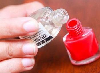 Средство для разбавления лака для ногтей