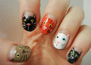 Рисунки на ногтях при помощи кисточки
