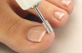 Корректировка ногтей
