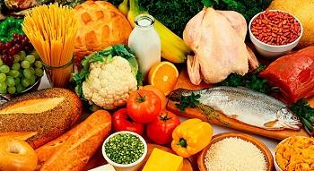 Полноценное питание благотворно влияет на здоровье ногтей