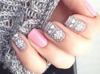 Ногти короткой или средней длины наиболее удобны зимой