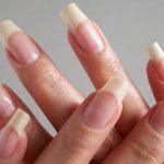 Для девушек и женщин важно обладать аккуратными ухоженными ногтями. И многие из них желают иметь красивые длинные ноготки, которыми могли бы восхищаться окружающие. Рассмотрим в статье основные положения по правильному и действенному уходу за ногтями.  370